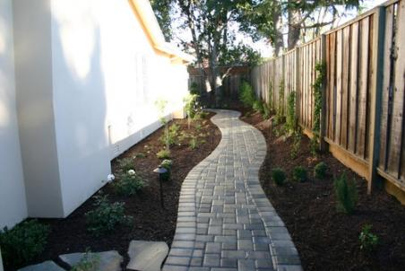 Country Cobble Walkway